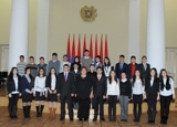 Quantum College students at the presidential residence